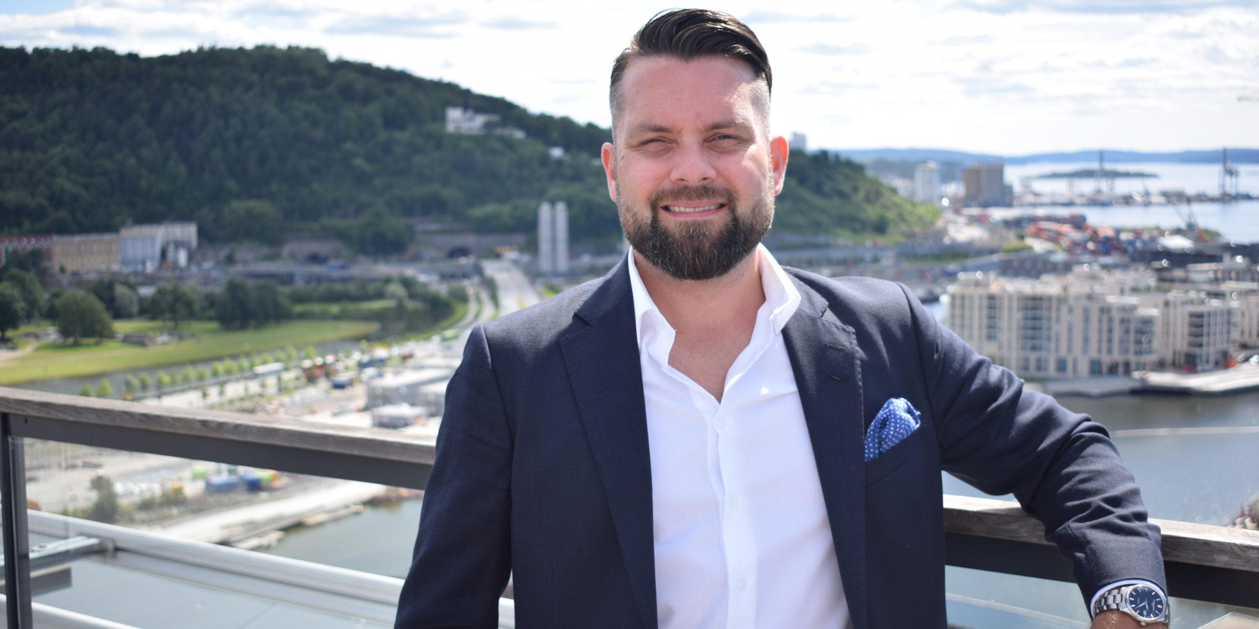 – Det er opp til ledere å tilpasse salgsprosessen og kundereisen for å sikre at de samsvarer med kjøpsvanene til potensielle nye kunder, sier Erik Holmen, daglig leder i GetAccept Norge.